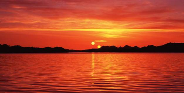 شمسين في السماء وصاحب مصر