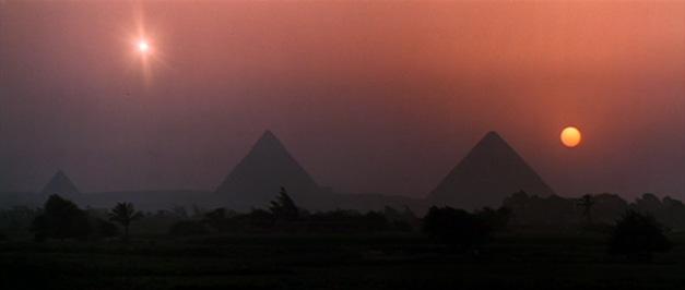 شمسين في سماء مصر