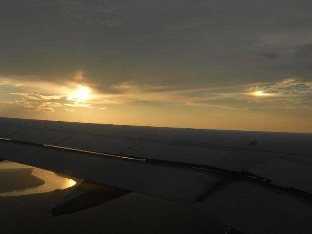 two-suns شمسين في السماء من طائره