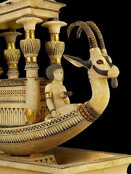 السيسي في معبد ازيس